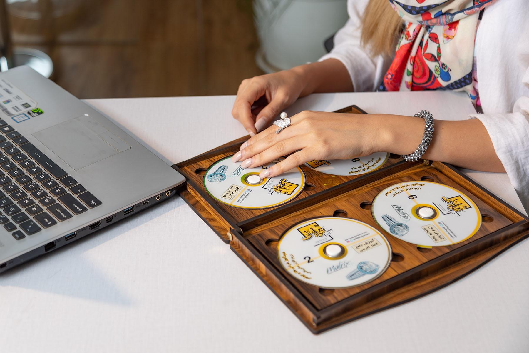 فیلم آموزش طراحی جواهرات